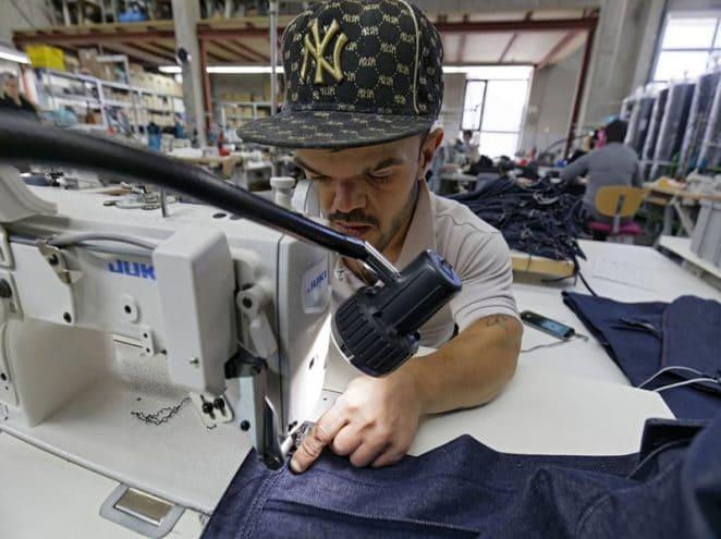 Respekt für Mensch und Umwelt – die erste ökosoziale Textilfirma Deutschlands